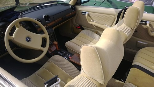 Mercedes-Benz 250, W123, dashboard and interior, modified as ...