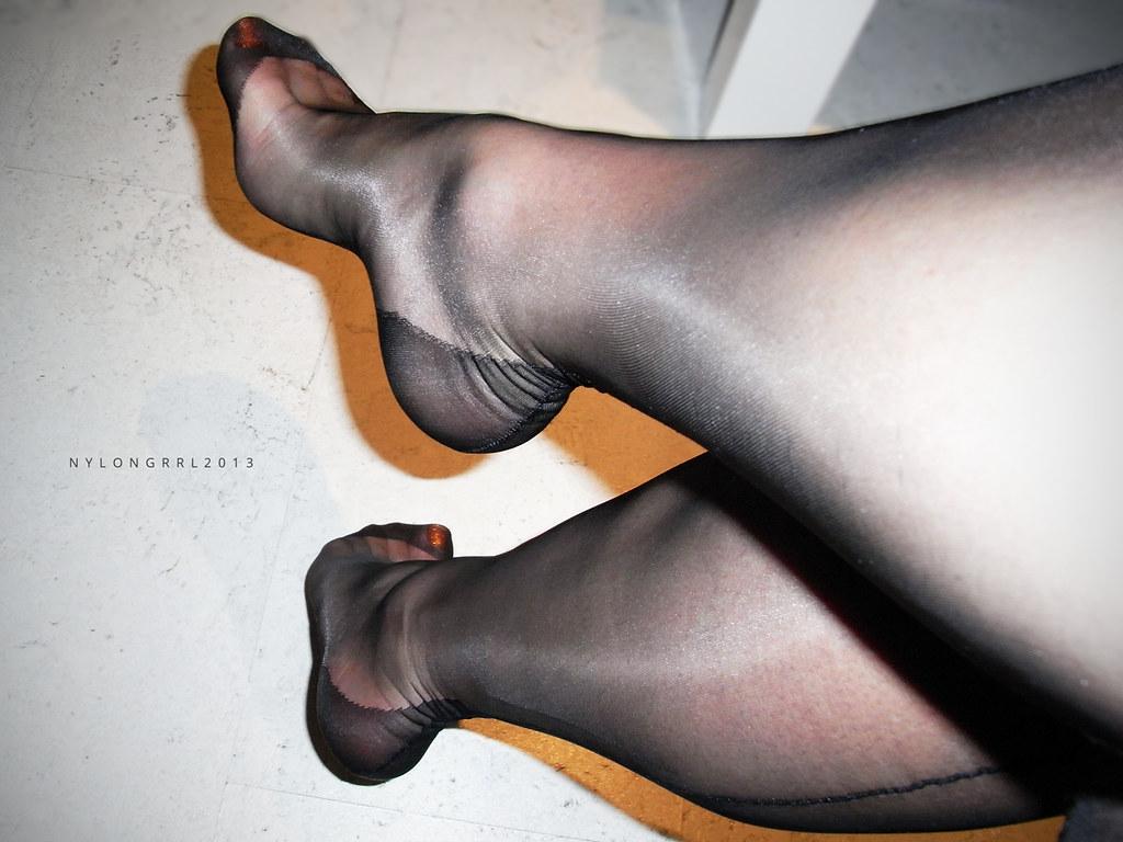 Son foot fetish-4555