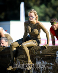 gladrunpas--107-1-S-10 (BEY CHUA) Tags: sports mud pasadena southerncalifornia endurance obstacle 5k gladiatorrocknrun beychuaphotography