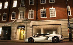 Aventador Roadster. (Tom Daem) Tags: london lp lamborghini londen roadster 7004 aventador