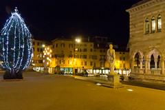 Udine e il castello (gianni.giacometti) Tags: italia piazza castello friuli loggia udine lionello