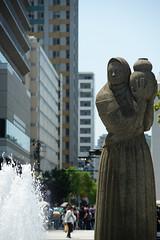 DSC00048.jpg (nori-ntst) Tags: park fountain statue sony sigma 日本 yokohama kanagawa f28 yamashitapark 70200mm 山下公園 神奈川県 山下町 横浜市 yamashitacho apo70200mmf28exdgoshsm nakakuyokohama α99 slta99v 中区横浜市