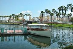 Dockside (Ray Horwath) Tags: boat nikon disney disneyworld transportation wdw waltdisneyworld disneytransportation e5700 horwath swanresort dolphinresort epcotresorts boardwalkresort disneyphotos rayhorwath disneynavy