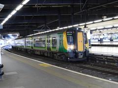 350114 at London Euston (2/2/15) (*ECMLexpress*) Tags: london class 350 emu euston midland wcml desiro 350114