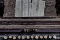 MH-40 (StussyExplores) Tags: pictures house abandoned farmhouse radio tv decay explore ww2 behind left exploration derelict clocks razor belongings bedrooms gramaphone urbex rurex