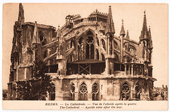 Reims Cathedral After the Great War (pepandtim) Tags: world old shells early high war european cathedral destruction postcard wwi great first medieval nostalgia damage artillery nostalgic reims explosive masterpiece cathedrale rheims abside apse 45rlc46