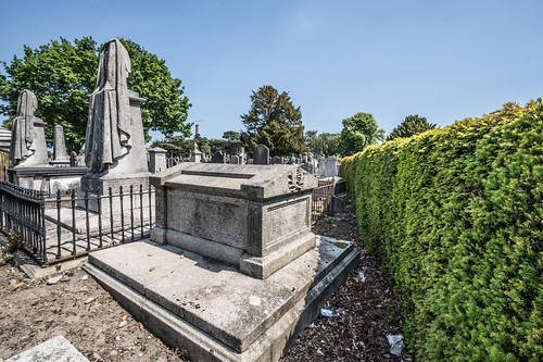 MOUNT JEROME CEMETERY AND CREMATORIUM IN HAROLD'S CROSS [SONY A7RM2 WITH VOIGTLANDER 15mm LENS]-117086