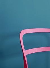 Alpina_Feine_Farben_No_13_Stolzer_Wellenreiter_Detailaufnahme_b (alpinafarben) Tags: farbfamilie blau alpina feine farben no13 solzer wellenreiter azurblau ultramarin graublau kche interieur mogern
