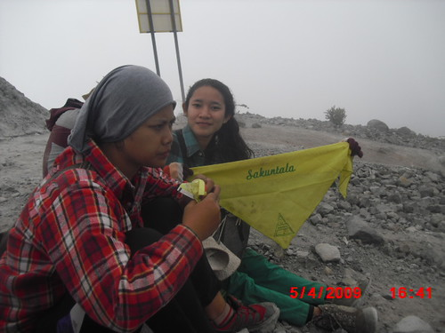 "Pengembaraan Sakuntala ank 26 Merbabu & Merapi 2014 • <a style=""font-size:0.8em;"" href=""http://www.flickr.com/photos/24767572@N00/27094710781/"" target=""_blank"">View on Flickr</a>"