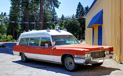 "1970 Miller-Meteor Volunteer (48"") Cadillac Ambulance (2hopscotch@sbcglobal.net) Tags: cadillac ambulance millermeteor"
