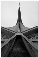 Eglise Saint-Joseph-Travailleur (bong.13) Tags: urban blackandwhite france saint architecture noiretblanc provence avignon eglise vaucluse graphisme graphique sonyrx100