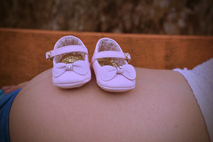 Sapatinhos (d.stelamaris) Tags: baby love photography amor picture rosa pic beb boneca sapatinhos gestante
