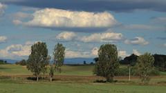 Egy szp vasrnap / Sunny sunday (bencze82) Tags: clouds canon eos hungary sunday sunny 90mm voigtlnder mente magyarorszg egy f35 felhk tet galga szp kkes apolanthar vasrnap 700d slii szakikzphegysg