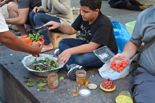 Feeding the hungry - Food not Bombs