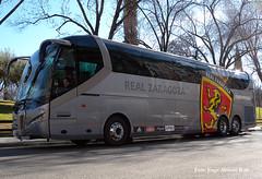 Real Zaragoza. (Tomeso) Tags: bus real spain zaragoza aragon futbol 230 autobus equipo thp therpasa