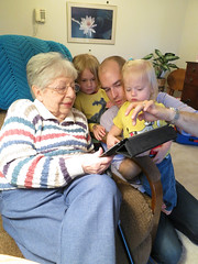 iPad time (pasta e broccoli) Tags: travel grandma max wisconsin superior xavier bubbe isabell maxence jft
