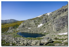 _JRR2762 (JR Regaldie Photo) Tags: mountain snow rocks nieve lagunas sierrademadrid pealara jrregaldiephoto