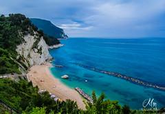I colori del mare... (michele281287) Tags: sea parco riviera italia mare blu conero numana marche ancona