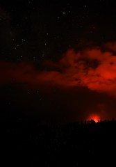 Volcano sky (best viewed large) (alibaba0) Tags: light red sky night stars rouge volcano hawaii lava lumière scorpio scorpion astrophotography astronomy nuit eruption constellation étoiles lave volcan astronomie astrophotographie éruption