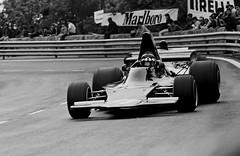 G. P. ESPAÑA F 1 CIRCUITO DE MONTJUICHF1 73 18AP 06 - copia (Manolo Serrano Caso) Tags: shadow de formula1 1973 montjuich rosaleda circuito jackieoliver montjuichla