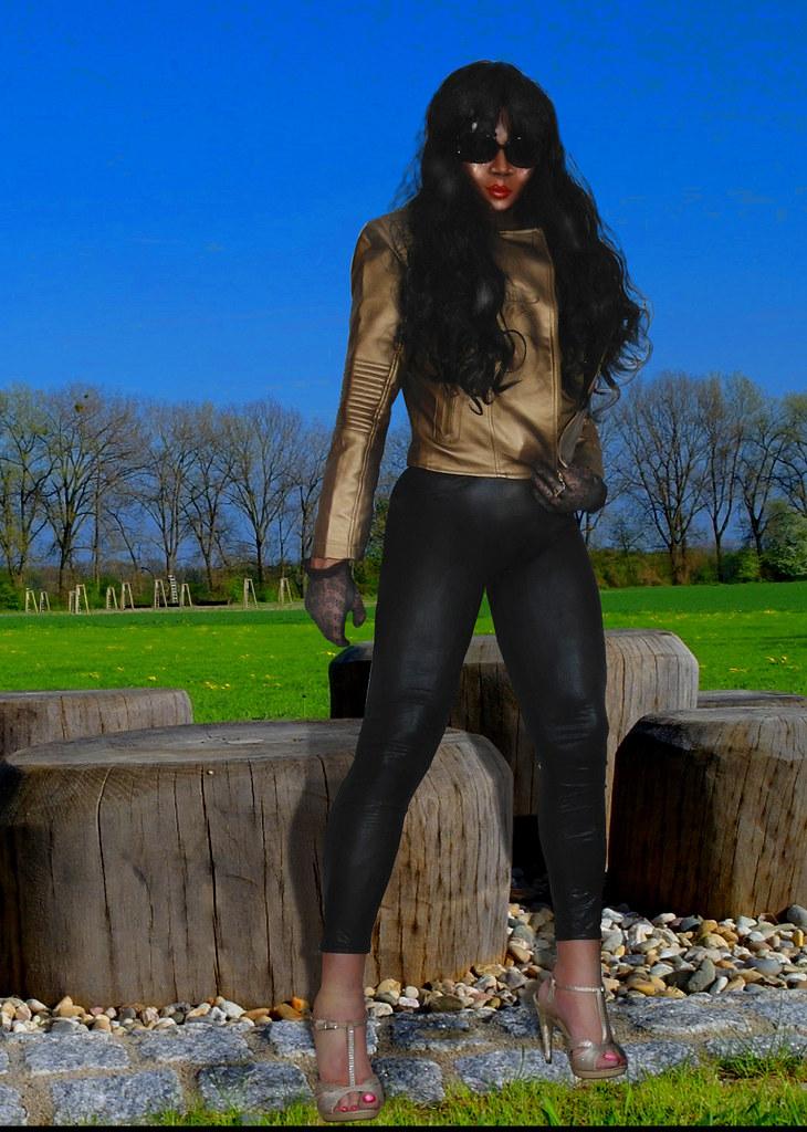 gay blackhair black beauty escort