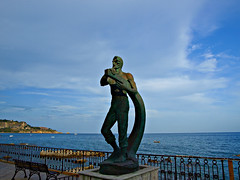 Marinero castellano (Jesus_l) Tags: europa italia taormina sicilia naxos jesúsl teocles