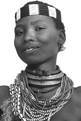 Hamer Ethiopia (Olivier DARMON) Tags: africa portrait white black noir skin african details tribal tribes tribe nudity et scarification femmes afrique oublis blancblack africantribes olivierdarmon detailsethiopia incisiondelapeau lasttribes