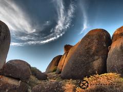 Llandudno Rocks (Jan-Krux Photography) Tags: sky clouds landscape southafrica south himmel wolken olympus capetown atlantic boulders peninsula landschaft llandudno felsen westerncape kapstadt kueste em1 suedafrika rocs westkap suedatlantik suedatlantikkueste