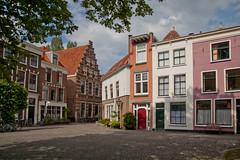 Leiden - Gerecht (grotevriendelijkereus) Tags: road street city holland netherlands leiden centre center historic netherland plein centrum stad gable zuid straat gevel gerecht