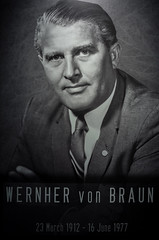 An iconic figure of the space age (@pigstagram) Tags: space nasa rocket genius ahumanadvanture wenhnervonbraun