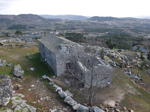 Castillo - Vista de la iglesia del Salvador 4