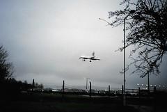 British Airways Concorde landing on RWY15 across The Radleys in the pouring rain at Birmingham Airport - 13DEC99 (terence.stilgoe) Tags: rain concorde britishairways birminghamairport rwy15 elmdon theradleys