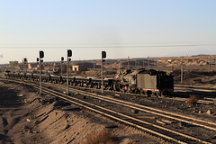I_B_IMG_7235 (florian_grupp) Tags: china railroad sunset train point landscape asia mine desert muslim railway steam xinjiang mikado locomotive coal js steamlocomotive 282 opencastmine stabling sandaoling xibolizhan