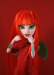 Red Dragon (Kuma-bear) Tags: red cam wig redhair mh monsterhigh monsterhighdolls camdragon