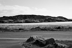 BWJPG---IMG_6475 (r4ytr4ce) Tags: ireland blackandwhite beach landscape 50mm boat eire donegal ire trchonnaill