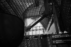 (sunnywinds*) Tags: leica monochrome station architecture kyoto space  monochrom   dng    summiluxm11435mmasph mm246