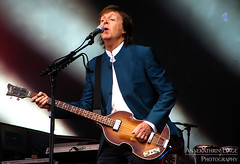 2016-06-14: Paul McCartney in Berlin (AnnekathrinLingePhotography (sunshine-pics.com)) Tags: music berlin canon paul concert audience live stage powershot beatles musik konzert mccartney paulmccartney macca bühne waldbühne sx200 oneonone