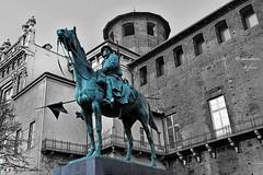 TORINO. MONUMENTO EQUESTRE. (Salvatore Lo Faro) Tags: italy torino nikon italia monumento piemonte guerre cavallo salvatore patria cavaliere 7200 soldato piedistallo equestre lofaro