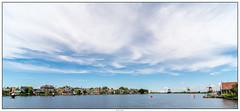 Zaanse Schans zaandijk (voorhammr) Tags: gras zon zaanseschans zaandam molens 2016 vakwerk huisjes blauwelucht jolandakraus