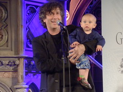 Launching 'Cheap Seats': Neil & Ash Gaiman (Diamond Geyser) Tags: show church smile gig onstage ash writer author neilgaiman unionchapel theviewfromthecheapseatsbooklaunch