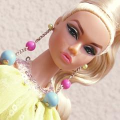 Poppy Camera Loves Her 03 (Belenojon) Tags: camera fashion toys mod doll her poppy loves 12 royalty parker integrity