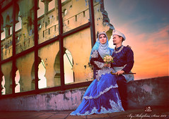 IMG_4863i (mcrb26streetdrag) Tags: hijab wedding love canon ef35mm f14l prime lense couple malay perak malaysia kelly castle kahwin wide angle