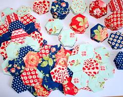 Grandmothers Flower Garden Quilt (madebymum) Tags: flower tree garden hand quilt fig fabric quilting quilts avalon grandmothers pieced hexie