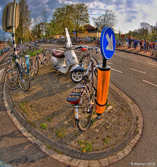 Bevrijdingsdag Festival,Groningen stad,the Netherlands,Europe (Aheroy(2Busy)) Tags: street city trees holland art dutch bike festival clouds fun town europe colours different nederland surreal scooter fisheye hallucination groningen stad streetshot stadspark bevrijdingsdag 5mei tonemapped paterswoldseweg aheroy aheroyal beautifulgroningen canonef815mmf4lfisheye