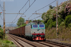 1005 - 652_129 + casse trasporto sabbia per vetro Saint-gobain a Cinquale (servizio ROBILANTE - PISA SAN ROSSORE) FULL HD (Frank Andiver TRAIN IN TUSCANY) Tags: italy train canon frank photo italia photos rail trains tuscany rails locomotive toscana treno tigre fs trenitalia treni ferrovie binario 652 e652 fullhd andiver frankandiver trainintuscany