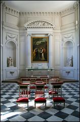 La chapelle, Versailles, Le Petit Trianon (Réal Filion) Tags: paris france architecture chapel versailles chapelle petit trianon