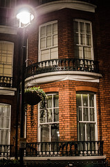 DSC_0654 (Giuseppe Iasilli (Wepepp)) Tags: street light london window lamp rain 35mm alley harrypotter finestra vicolo pioggia londra luce lampione luoghi sharlokholmes