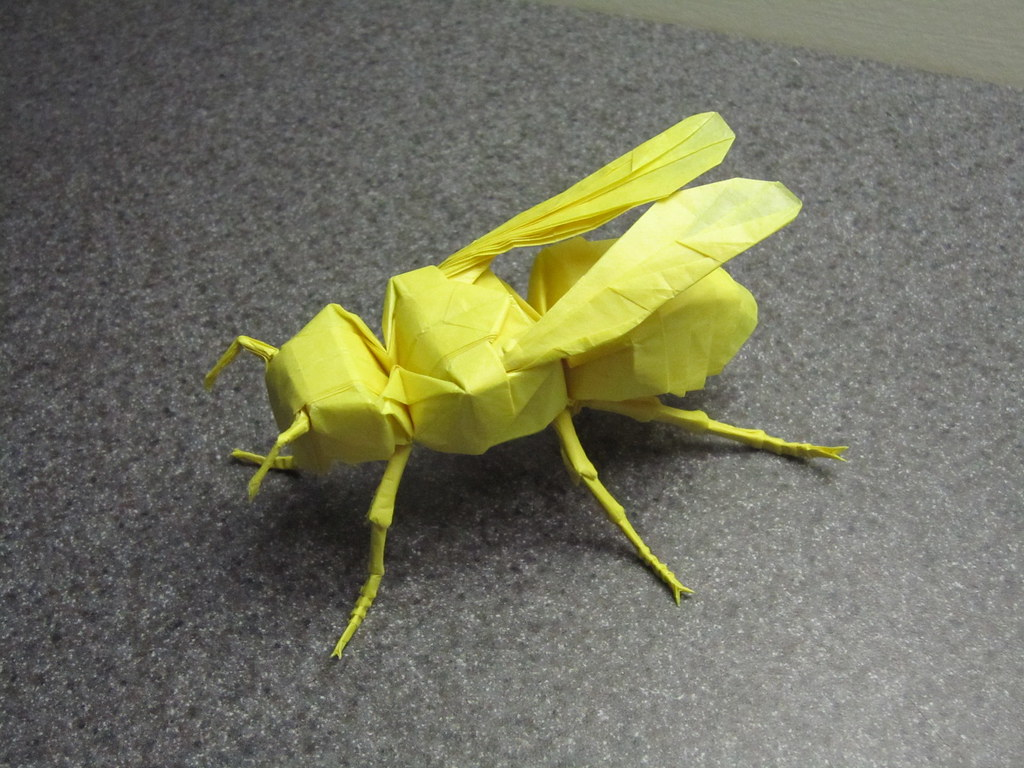 How To Make An Origami Bee 3d Origami Bee Less Than 100 Pieces By