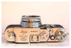 20D-3528-200 (ac | photo) Tags: camera leica reflection film vintage studio whitebackground commercial filmcamera product leicaiiic tabletopphotography leica3c