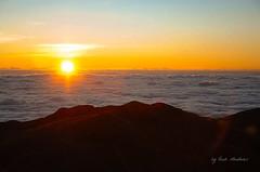 Sunrise at Mt. Pulag (eyahreigh) Tags: sunrise trekking landscape mountaineering summit baguio pulag benguet mtpulag itsmorefuninthephilippines
